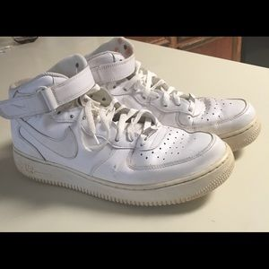 Nike Air Force 1 Mid 07 Size 11